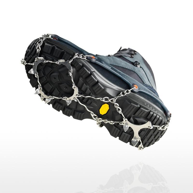Spikes für Schuhe auf